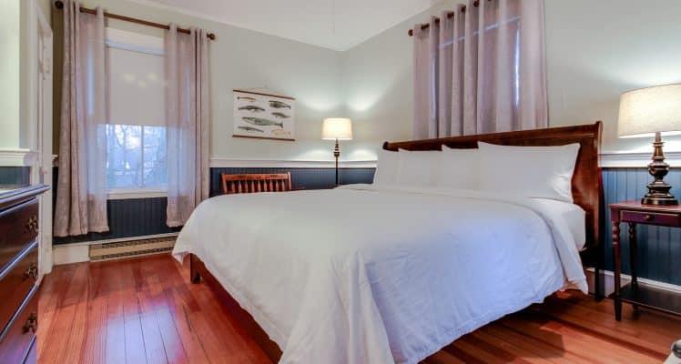 Captain Lawrence Inn – Addison room 1 MAFM08-444522